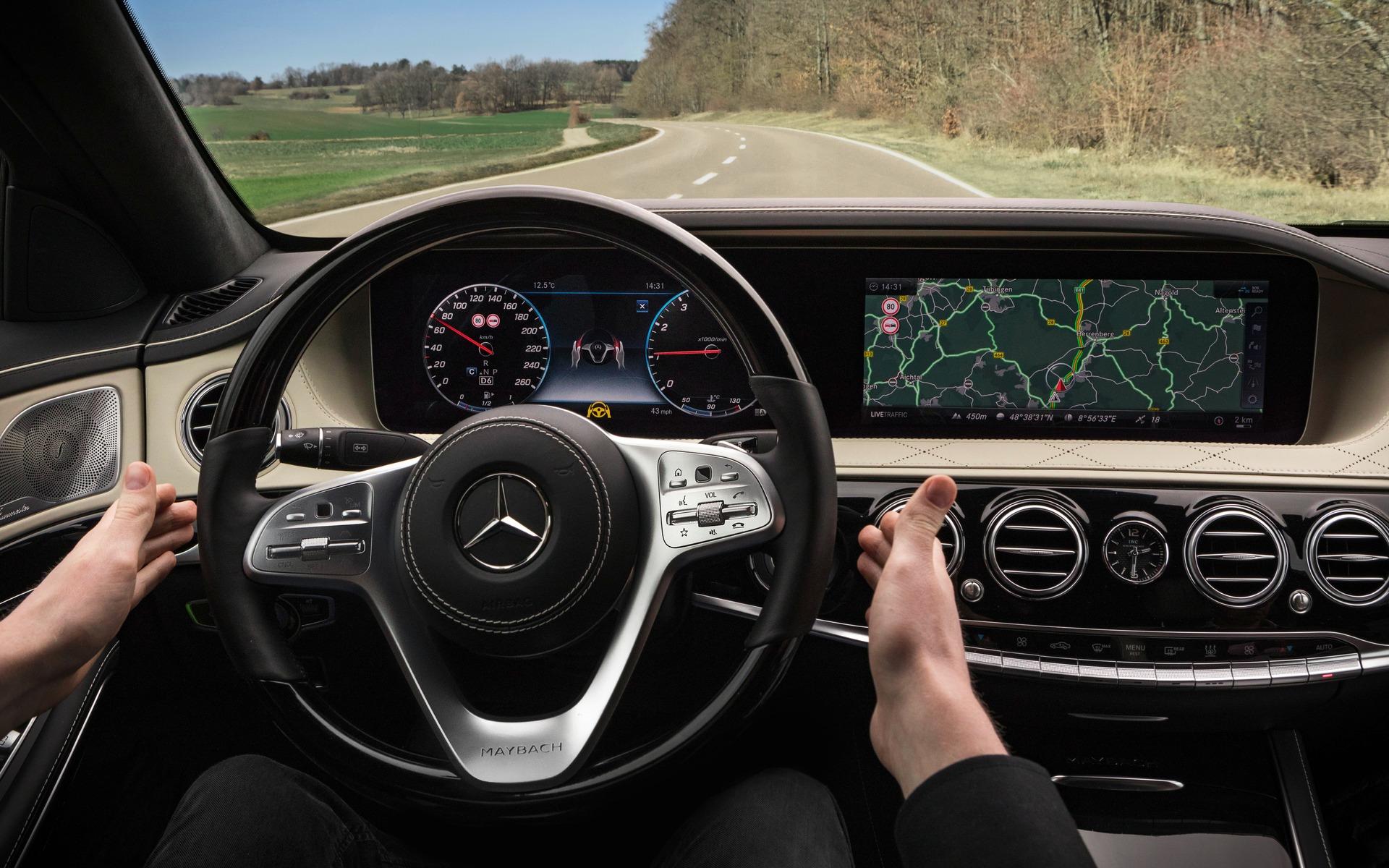 https://i.gaw.to/photos/3/0/2/302133_2018_Mercedes-Benz_S-Class.jpg