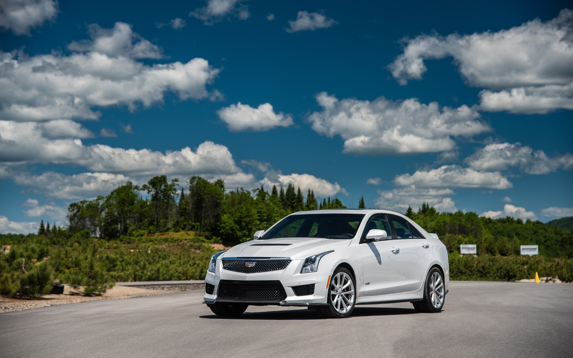 <p>#2: Cadillac ATS-V | 299.0 POINTS | 88 730$</p>