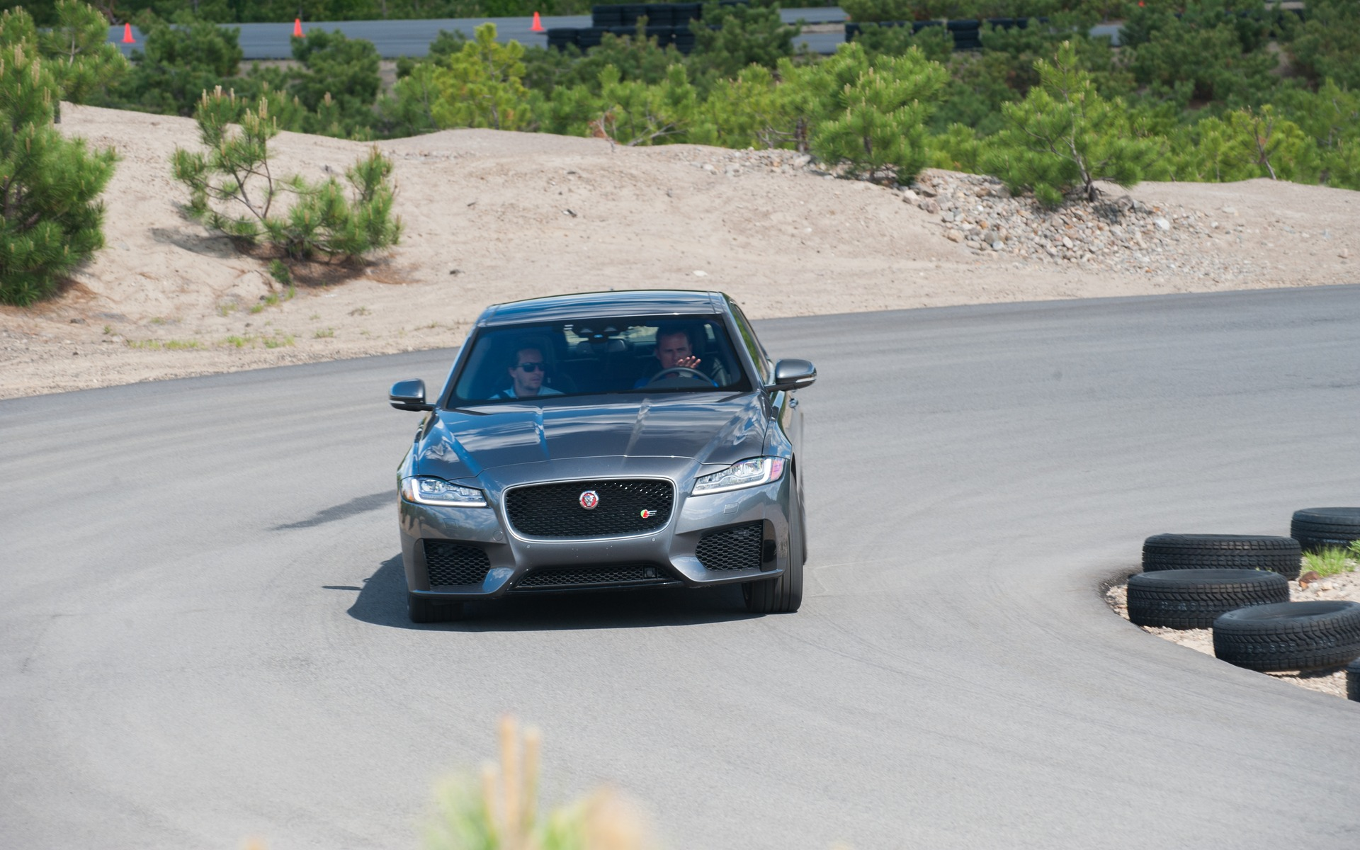 <p>#3: Jaguar XF S | 283.3 POINTS | 79&nbsp;600$</p>