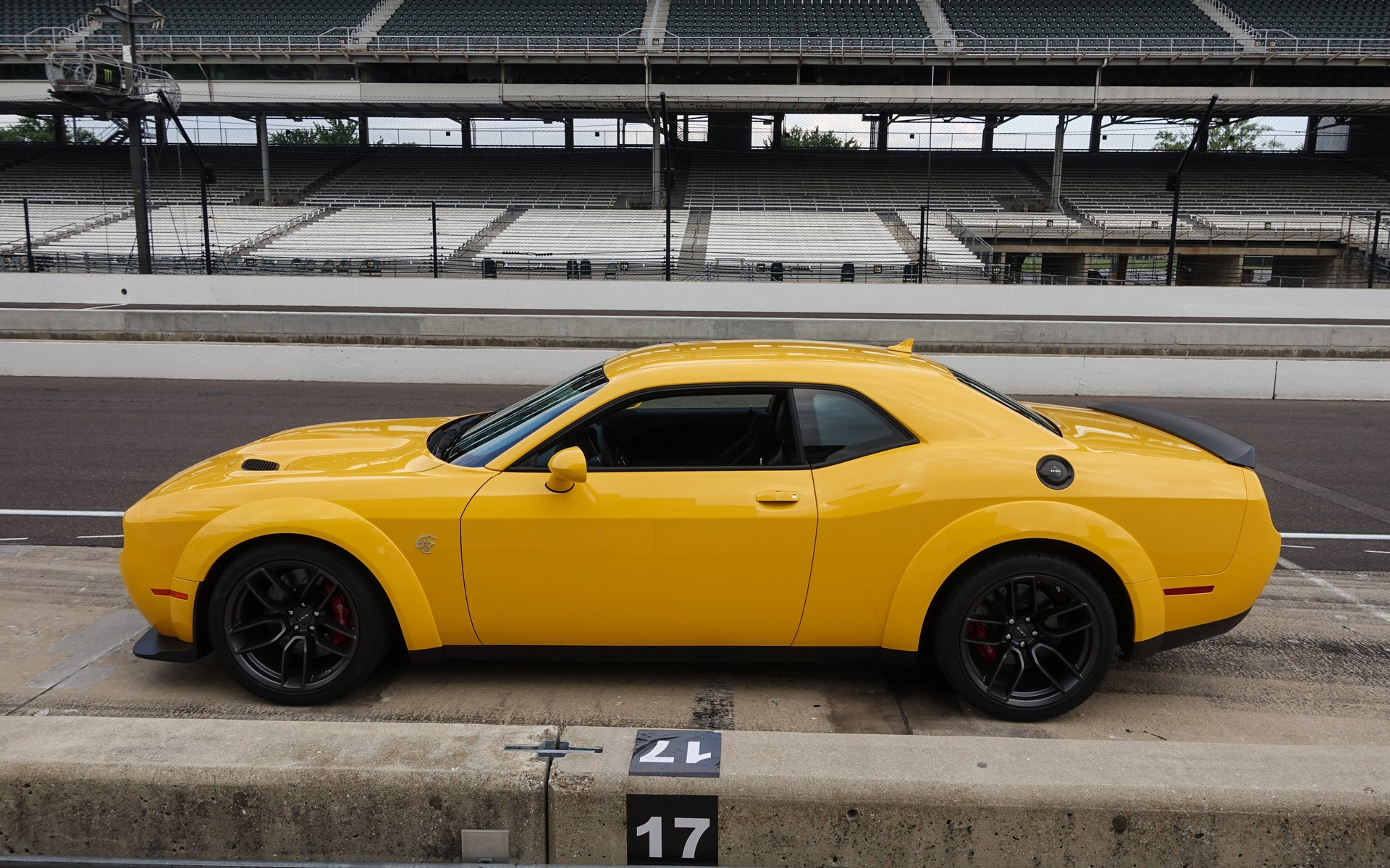 2018 Dodge Challenger SRT Hellcat Widebody: the Next ...