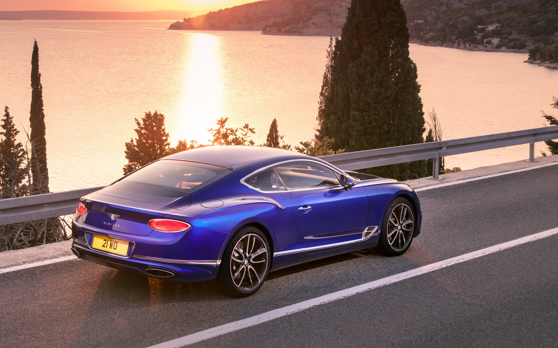 2018 Bentley Continental Gt Revealed 5 36