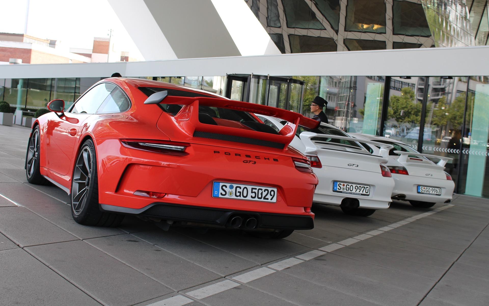 2018 Porsche 911 Gt3 >> 2018 Porsche 911 GT3: You Magnificent Beast, You - 9/30