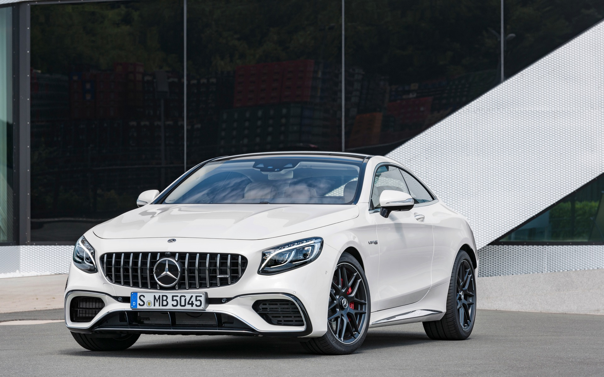 Updates for the 2018 Mercedes-Benz S-Class Coupe and Cabriolet - 15/46