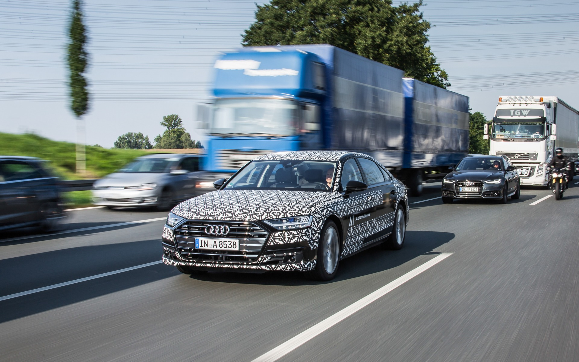 Audi A The Audi That Drives Itself In Traffic The Car Guide - Audi car that drives itself