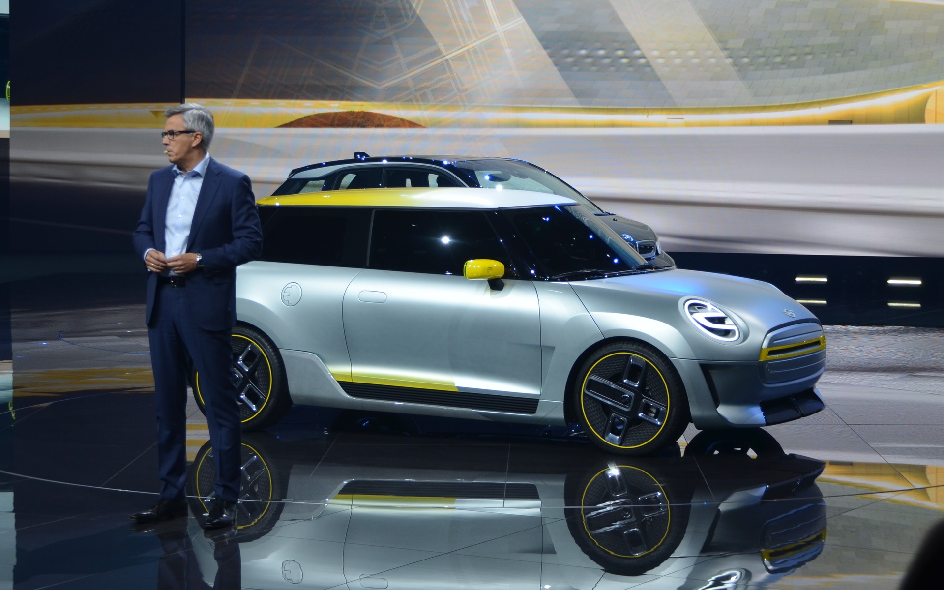 Mini John Cooper Works Gp Concept And Mini Electric Concept The