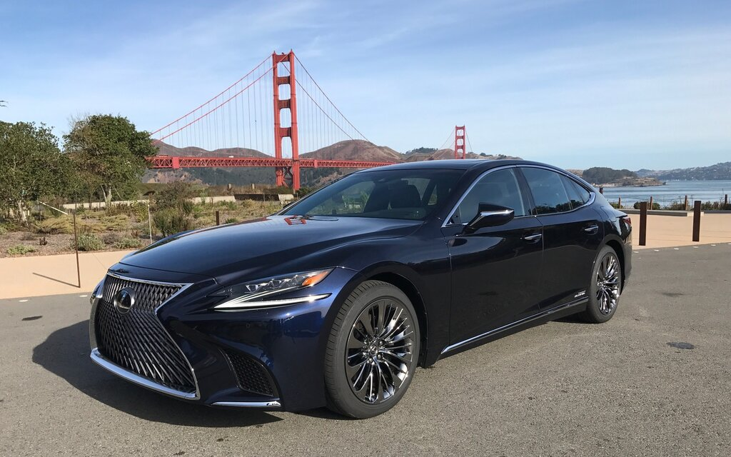 2018 lexus ls 500 more refined and more dynamic the car guide. Black Bedroom Furniture Sets. Home Design Ideas