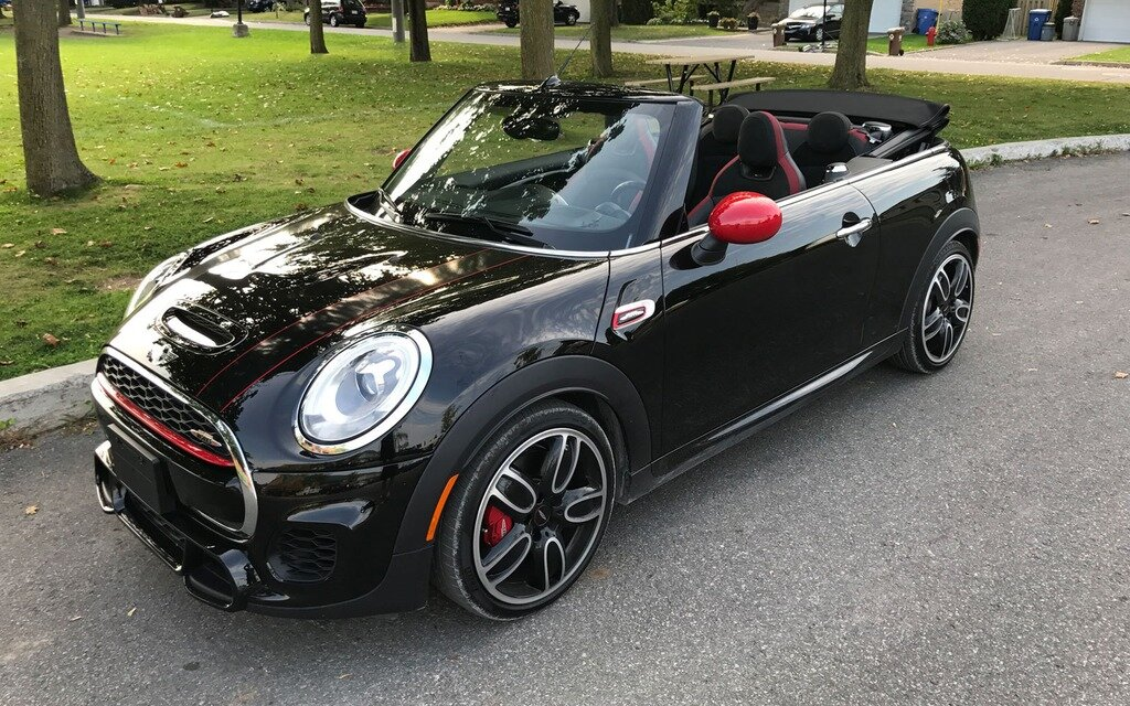 2017 mini john cooper works convertible hot but pricey droptop the car guide. Black Bedroom Furniture Sets. Home Design Ideas