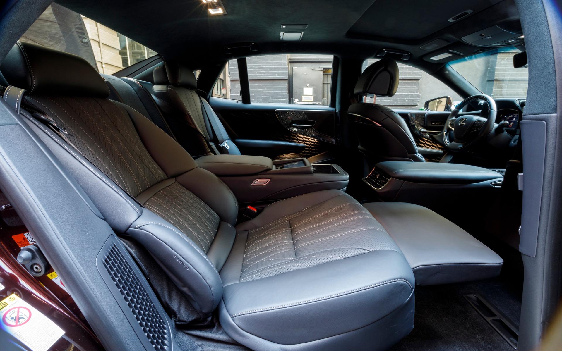 Lexus Interior >> 2018 Lexus LS 500h and LS 500 F SPORT: More is Less - 7/22