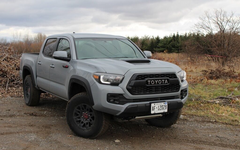 Tundra Vs Tacoma >> Toyota Tacoma TRD PRO 2017 : où voulons-nous aller aujourd ...