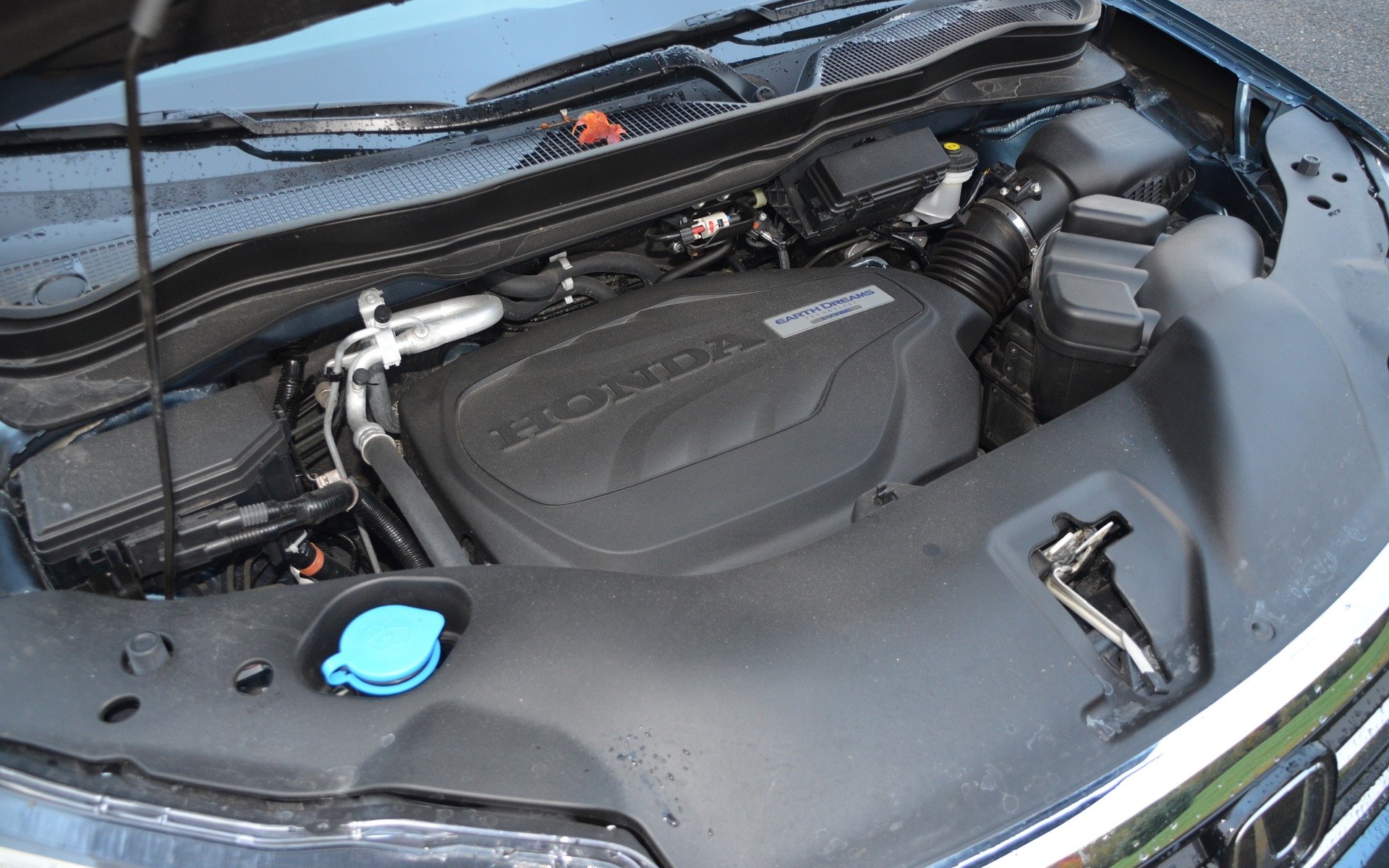 <p>Ce V6 de 3,5 litres d&eacute;veloppe 280 chevaux et 262 livres-pied.</p>