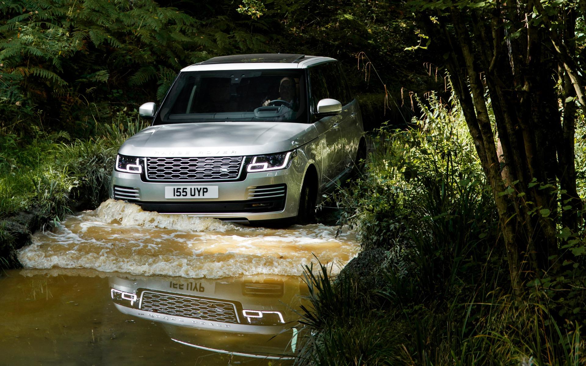 <p>2019 Range Rover P400e plug-in hybrid</p>