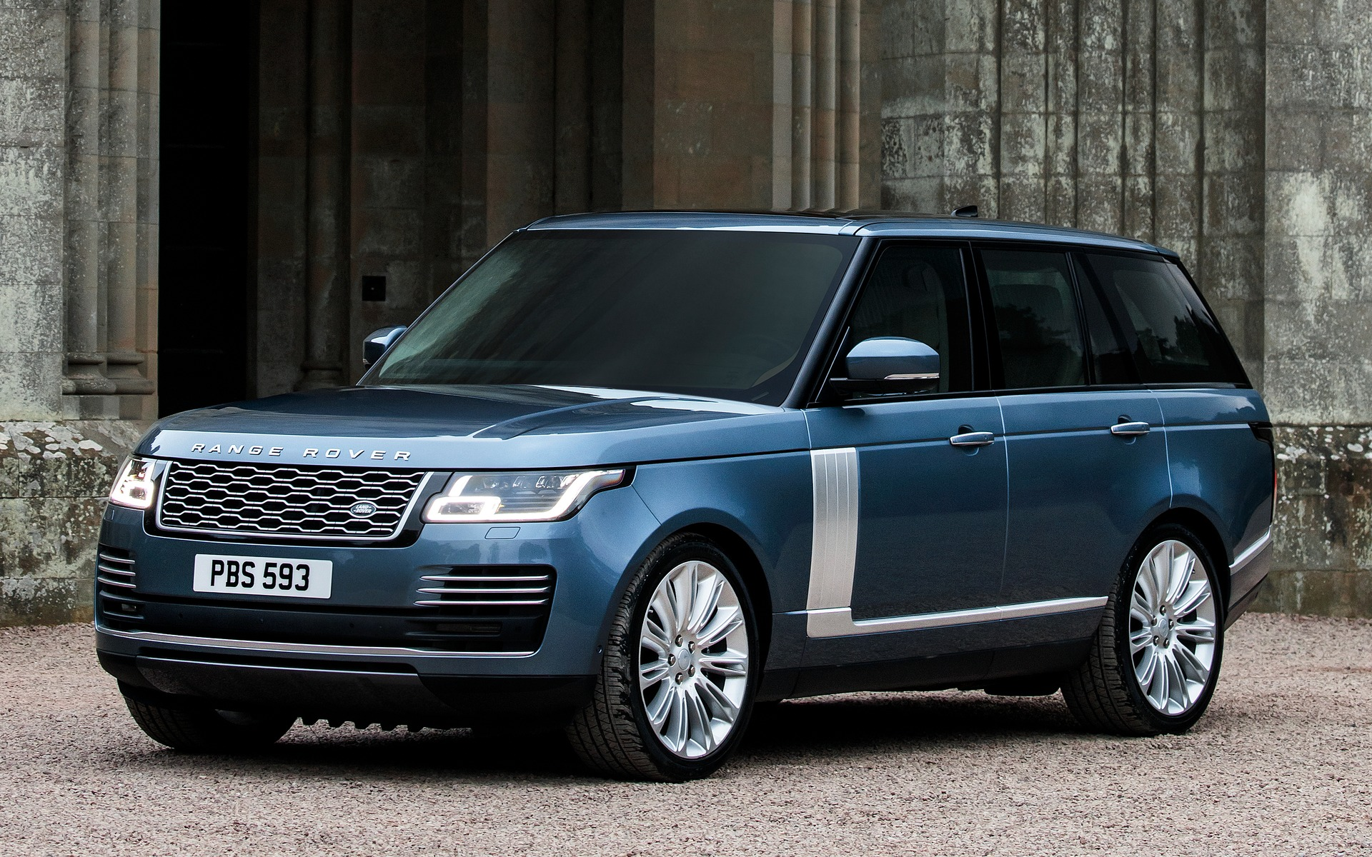 Range Rover Improvements For 2018 A Plug In Hybrid