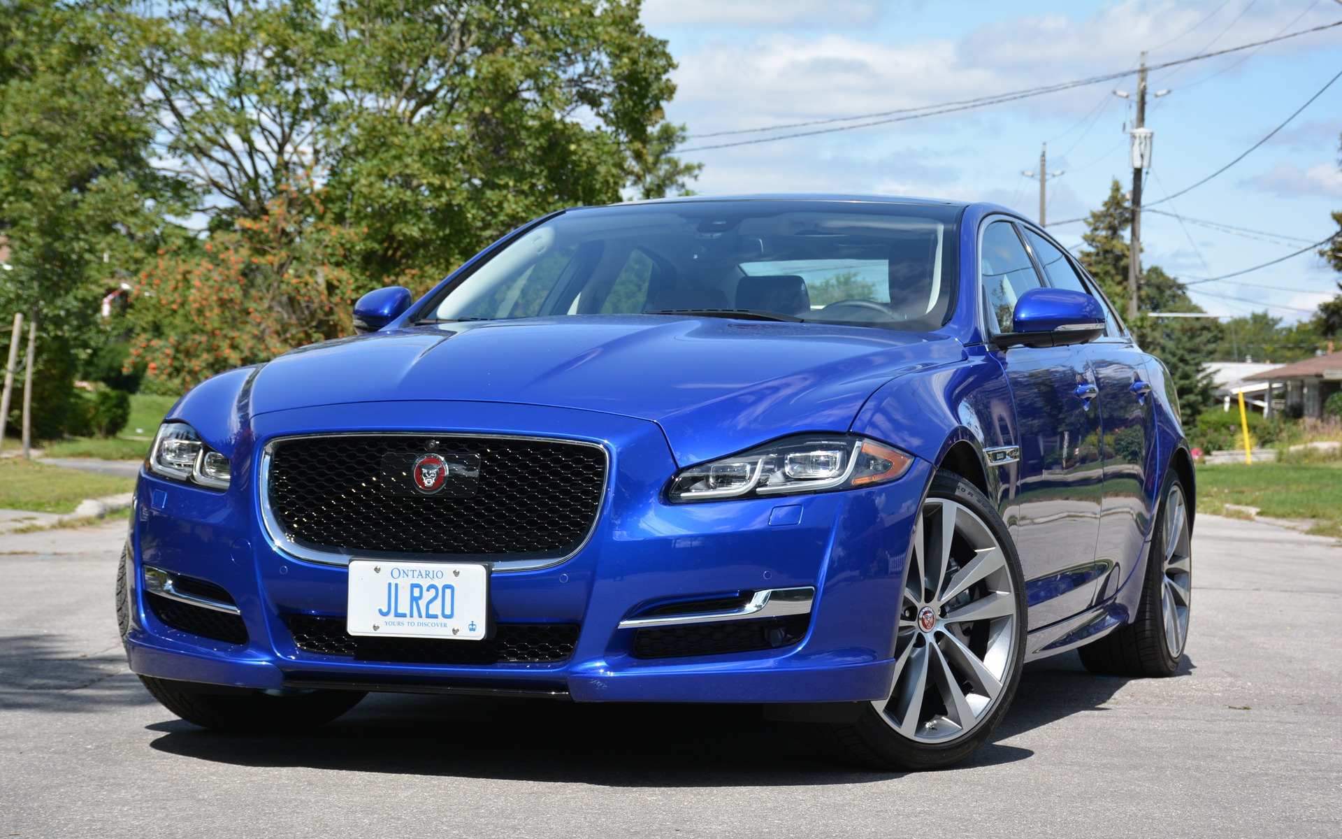 The 2017 Jaguar XJ
