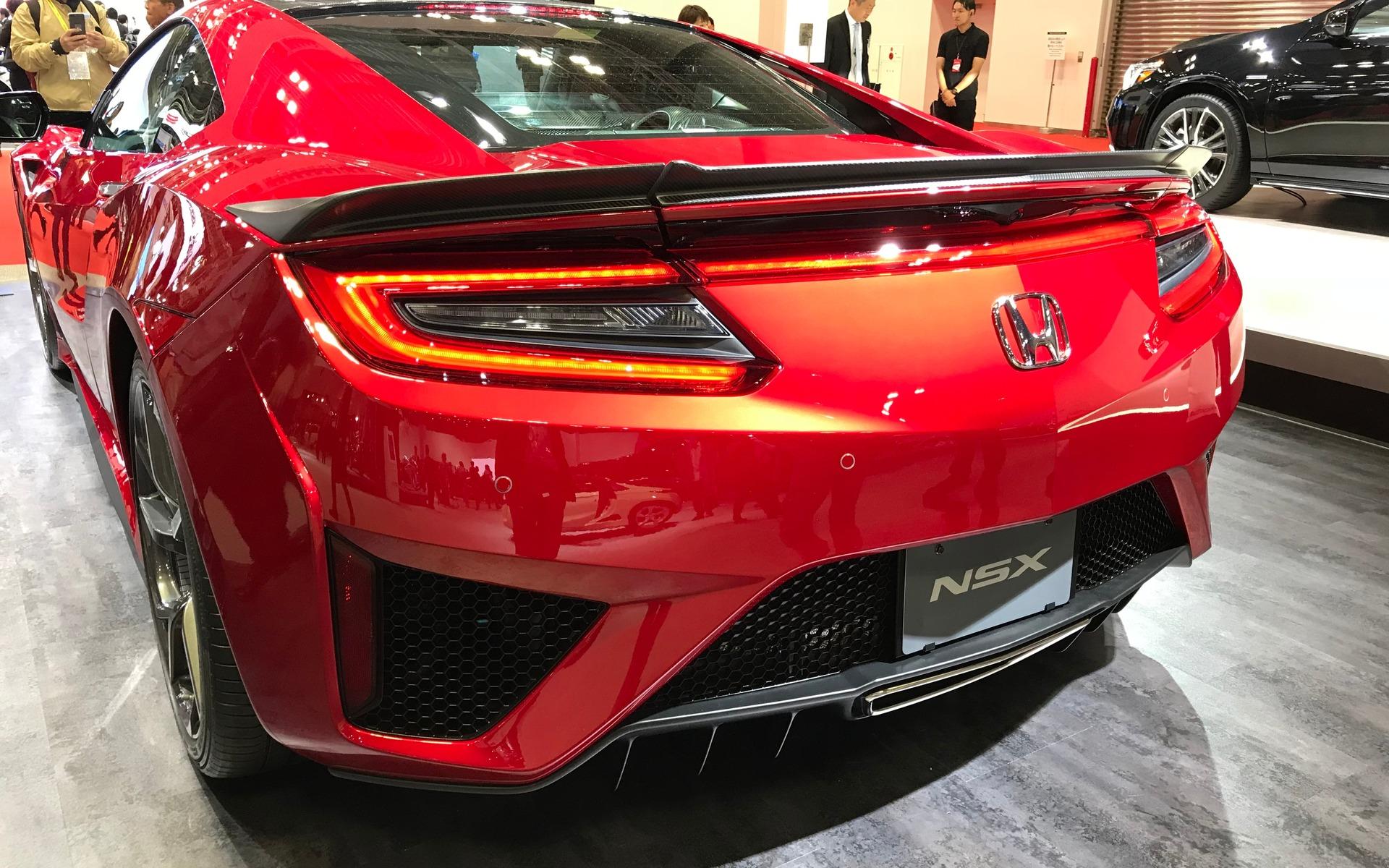 <p>Eh oui, l'Acura NSX est une Honda au Japon!</p>