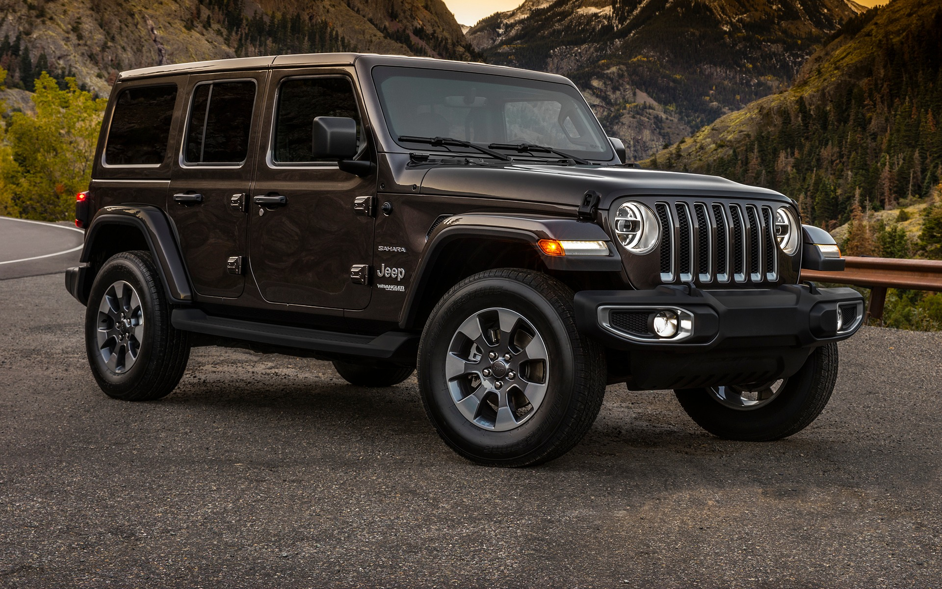 enfin jeep annonce officiellement le wrangler 2018 guide auto. Black Bedroom Furniture Sets. Home Design Ideas
