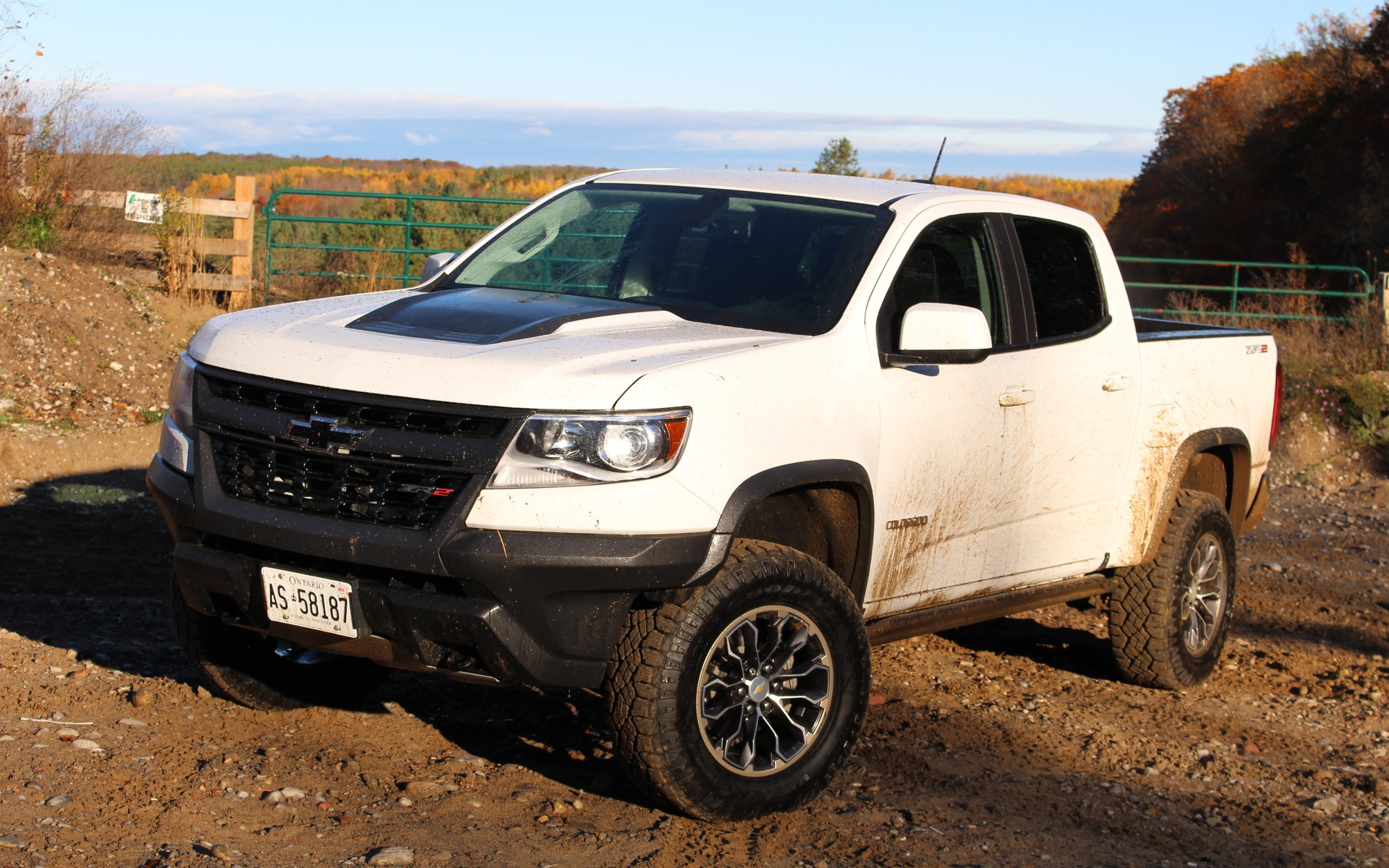 2017 Chevrolet Colorado ZR2: Life Off (or On) the Beaten ...