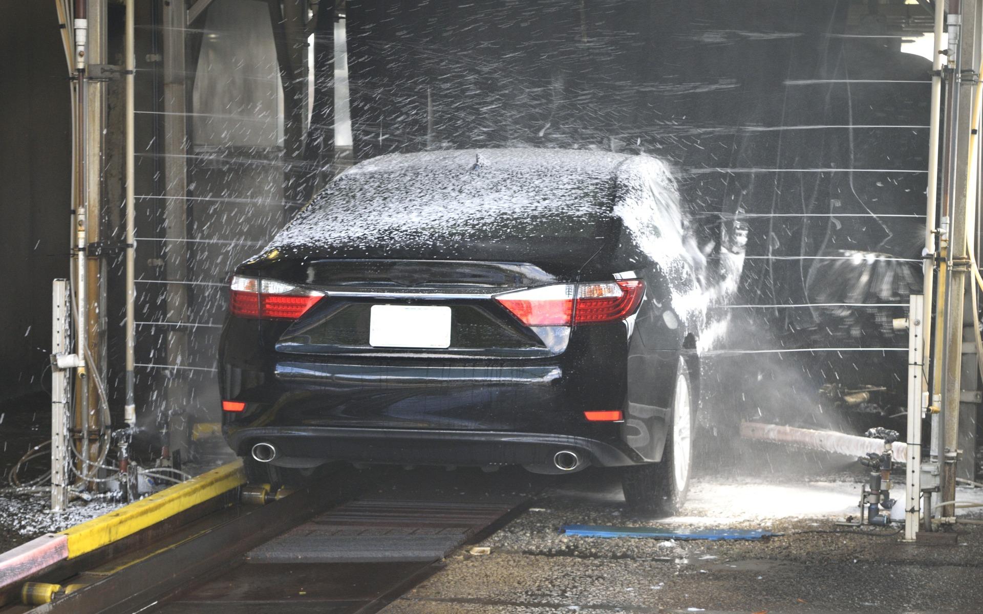 Lavage automatique voiture neuve for Lavage auto exterieur