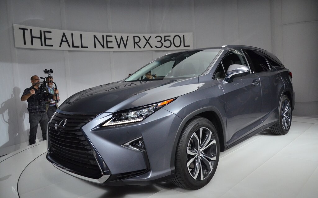 lexus rx 350l the rx gains a third row of seats the car. Black Bedroom Furniture Sets. Home Design Ideas