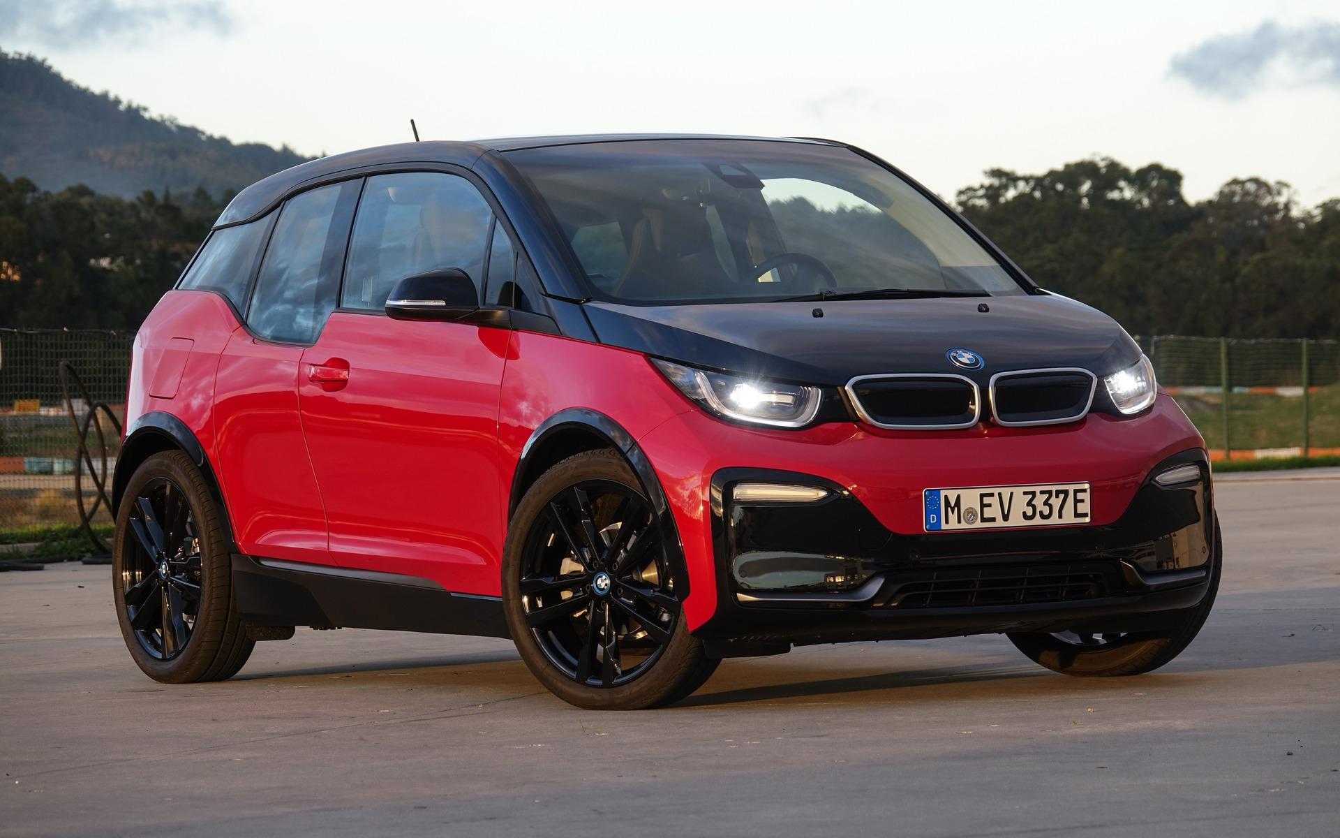 La BMW i3s 2018 au circuit d'Estoril au Portugal