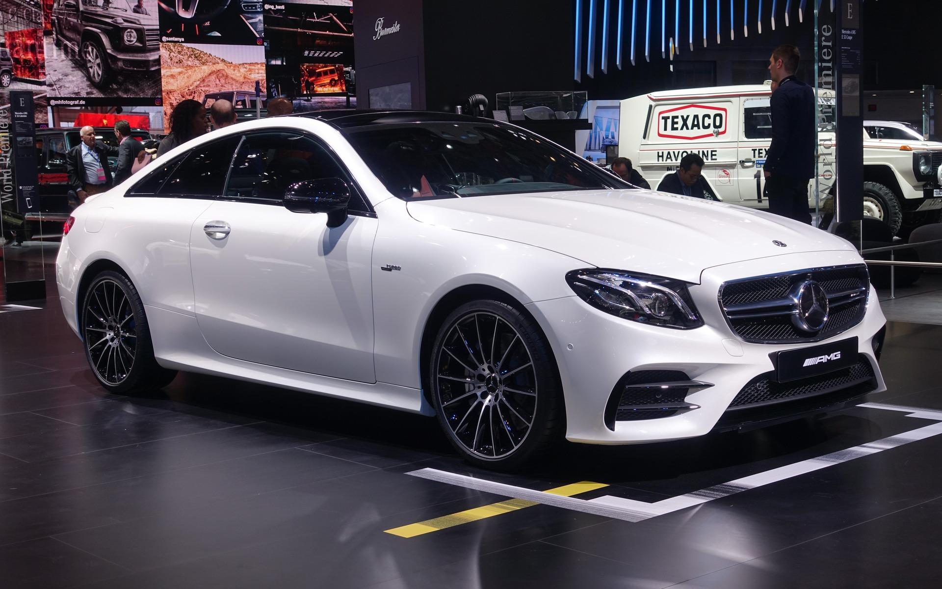 <p>Mercedes-AMG E 53 Coup&eacute;</p>