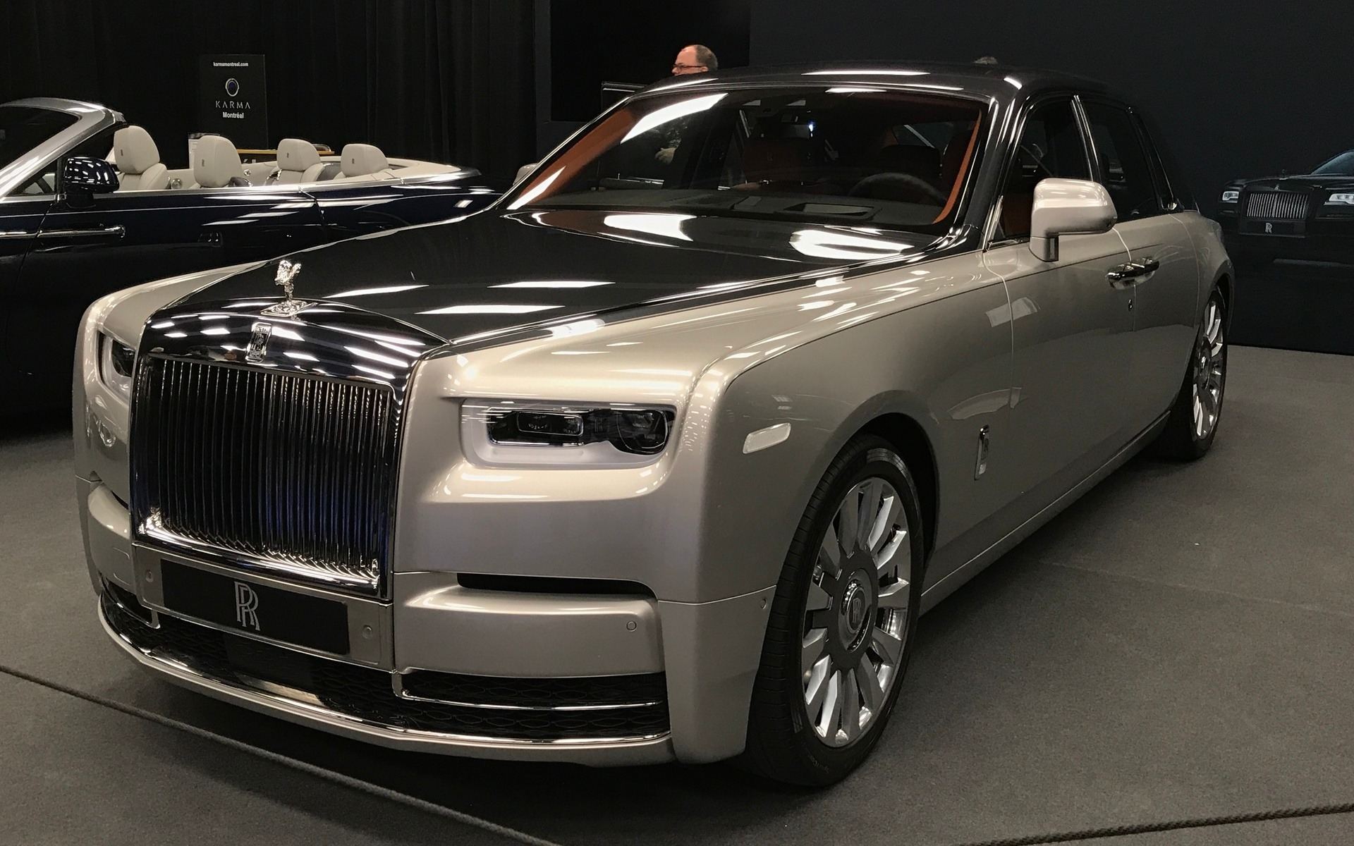 canadian premiere 2018 rolls royce phantom is the paragon. Black Bedroom Furniture Sets. Home Design Ideas