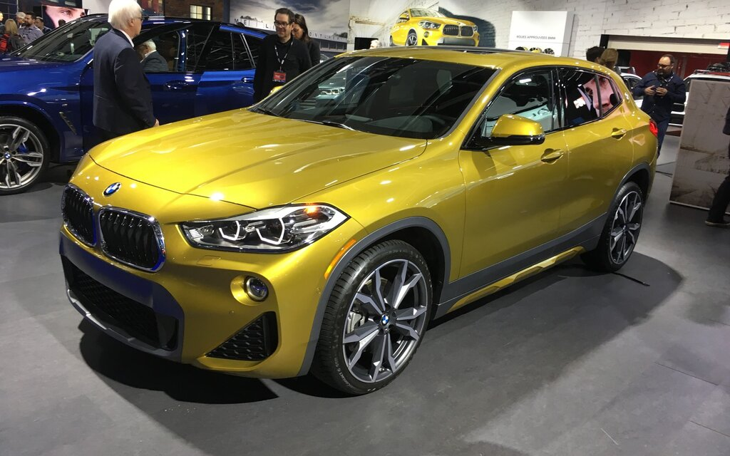 canadian premiere 2018 bmw x2 is smaller than an x1 despite the name 1 13. Black Bedroom Furniture Sets. Home Design Ideas