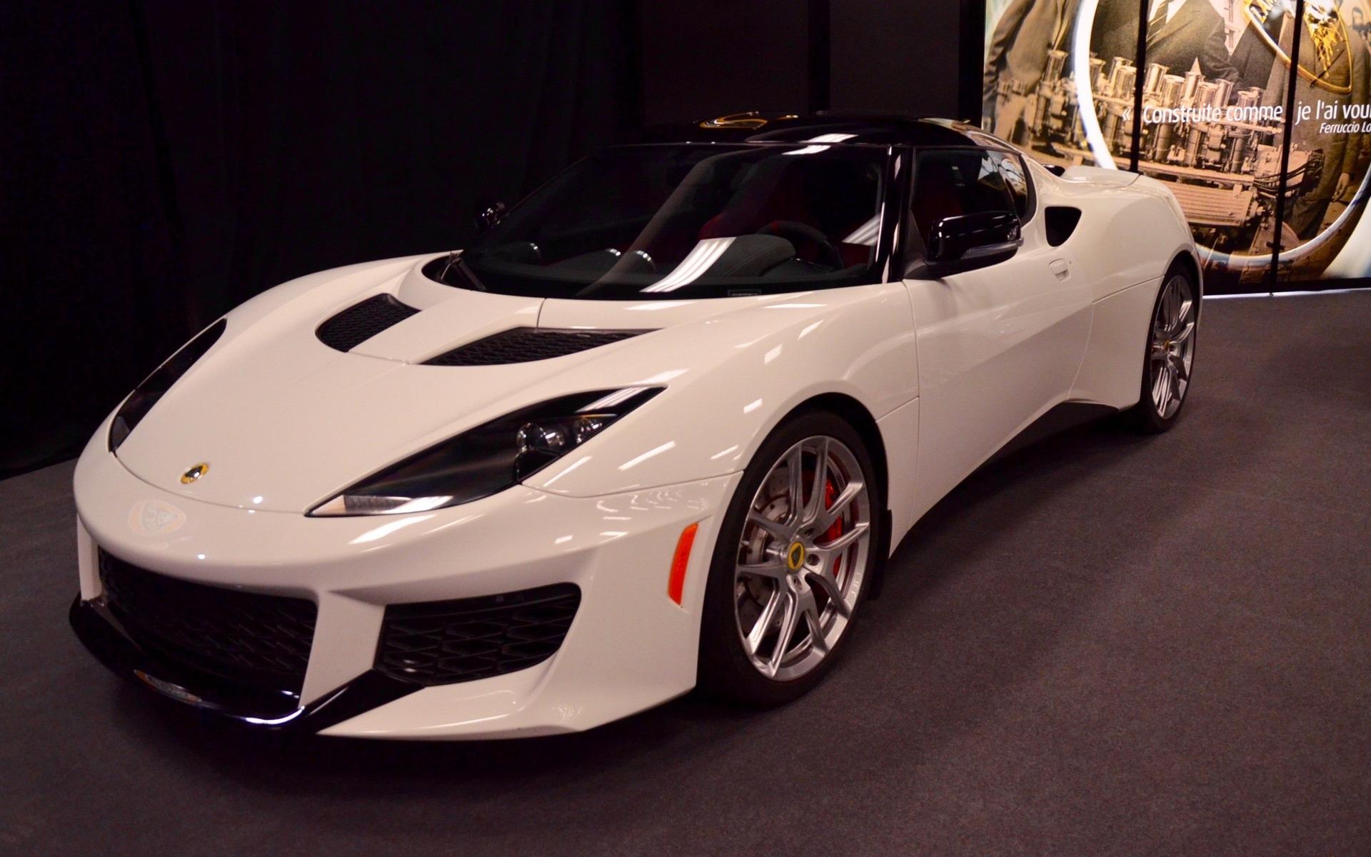 premi re canadienne lotus evora 400 du confort pourquoi guide auto. Black Bedroom Furniture Sets. Home Design Ideas