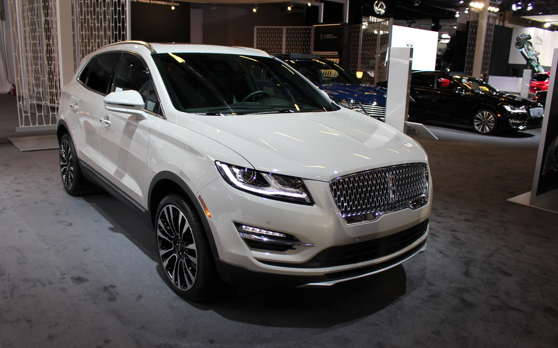 style mkc up to or company lincoln akozlesk home suv small kozleski park hr en amanda news amps new the angie motor stand com out connectivity