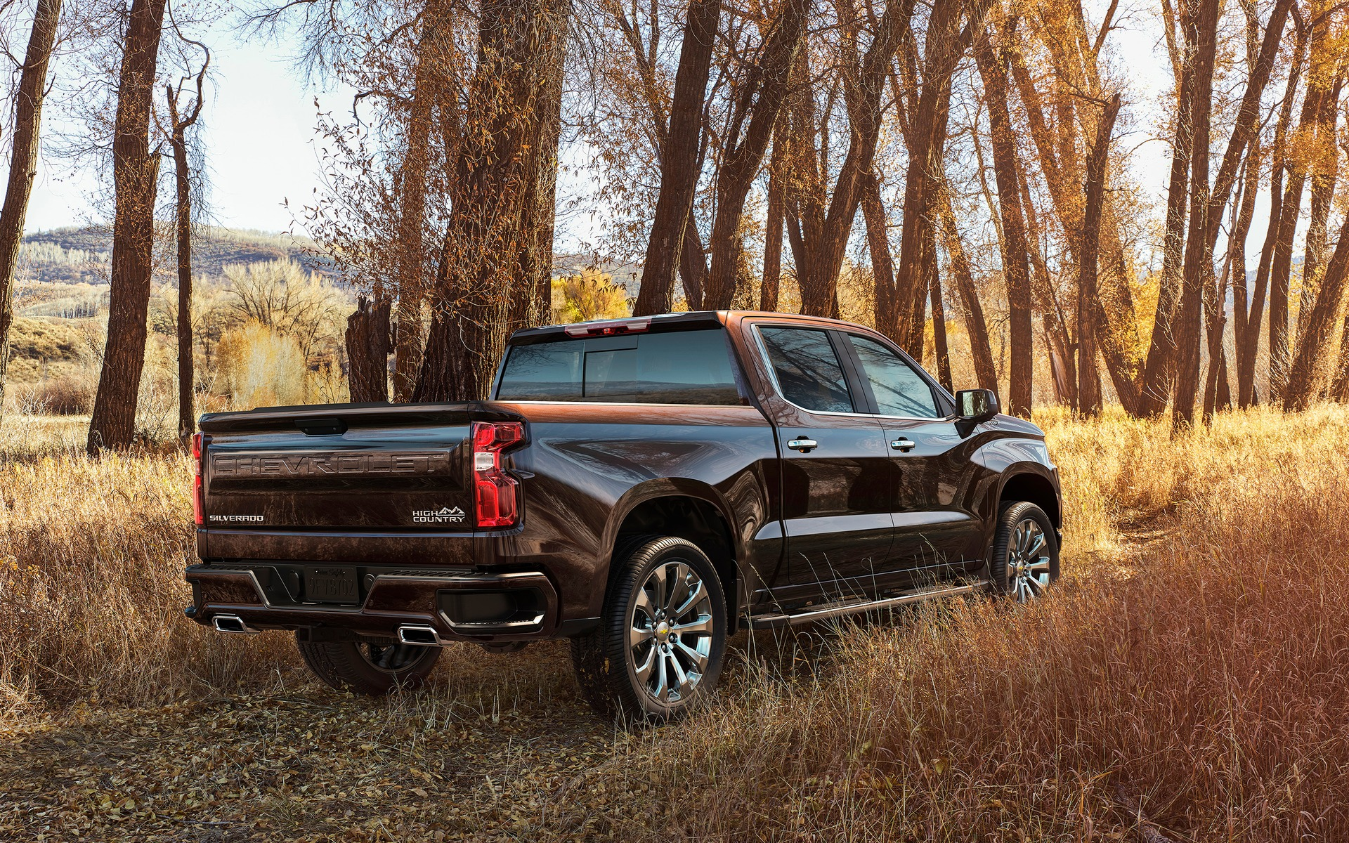 2019 Chevrolet Silverado The V8 that Thinks it s a e Cylinder