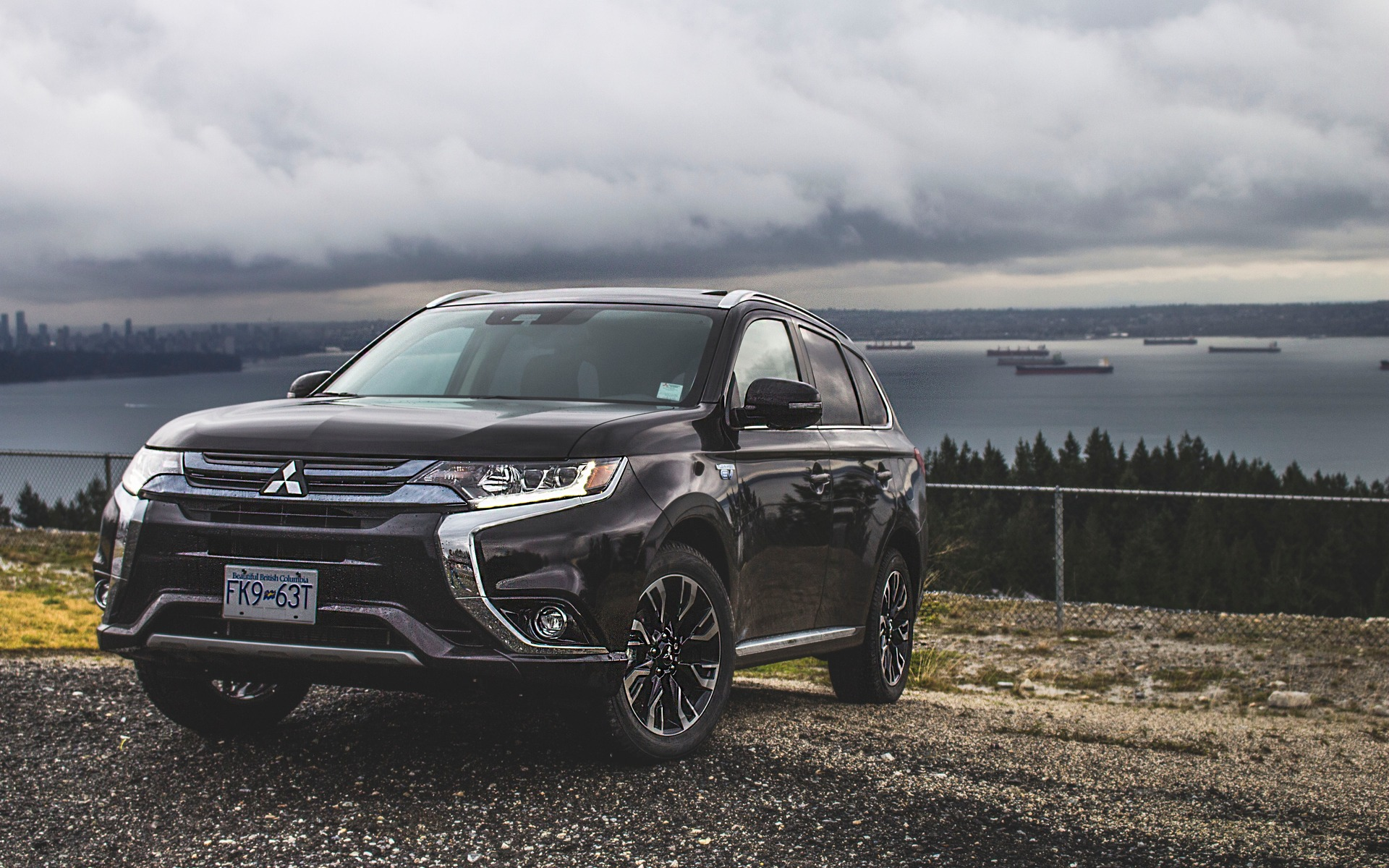 mitsubishi outlander phev 2018 il est temps de prendre de l avance guide auto. Black Bedroom Furniture Sets. Home Design Ideas