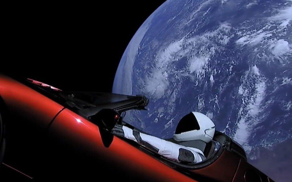 Tesla Dans Lespace : elon musk envoie une tesla dans l espace guide auto ~ Nature-et-papiers.com Idées de Décoration