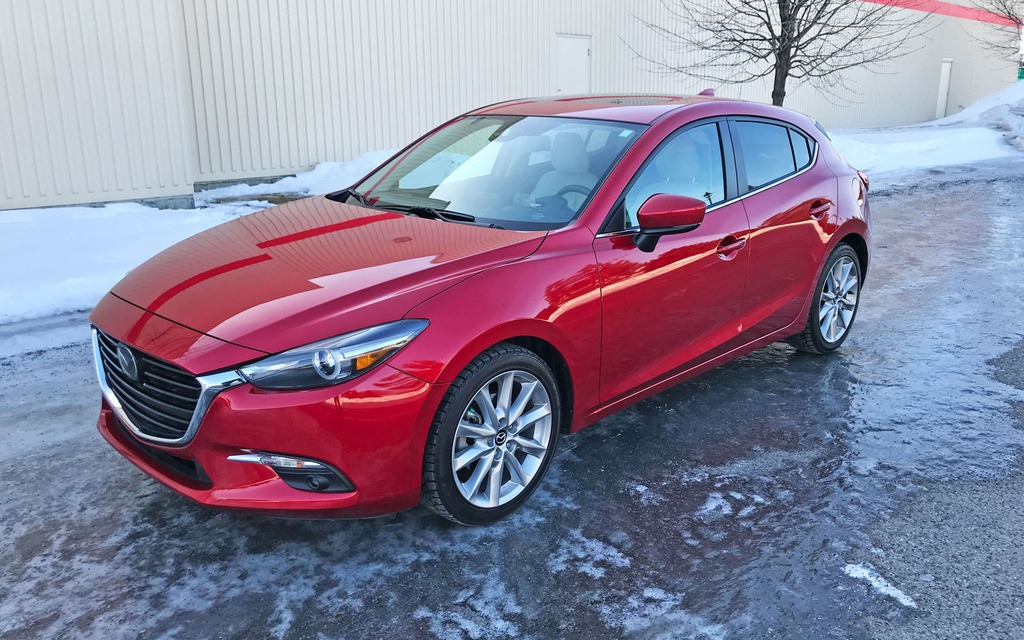 2017 mazda3 sport vying for your attention the car guide. Black Bedroom Furniture Sets. Home Design Ideas