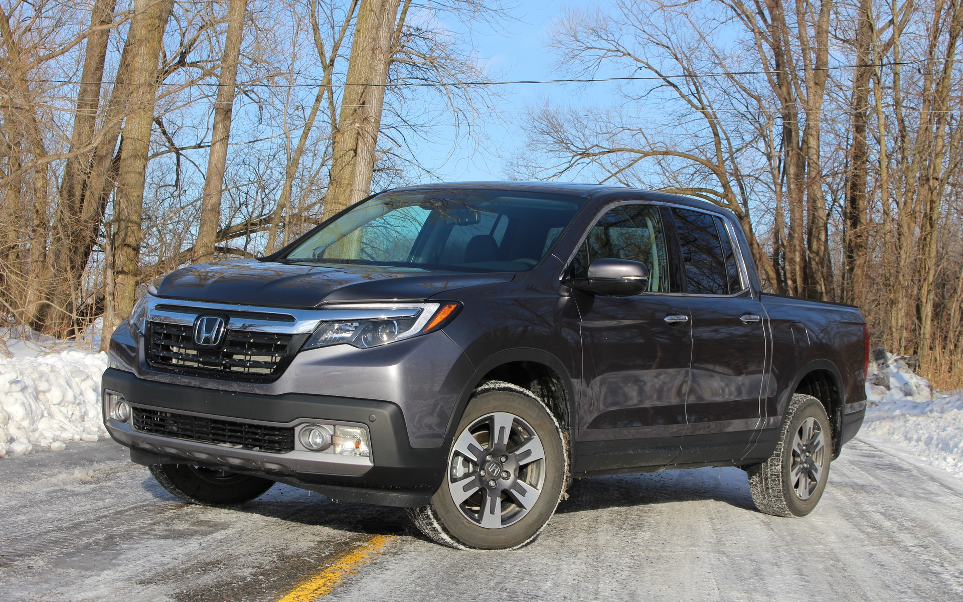 2018 Honda Ridgeline: New Best Friends - 1/27
