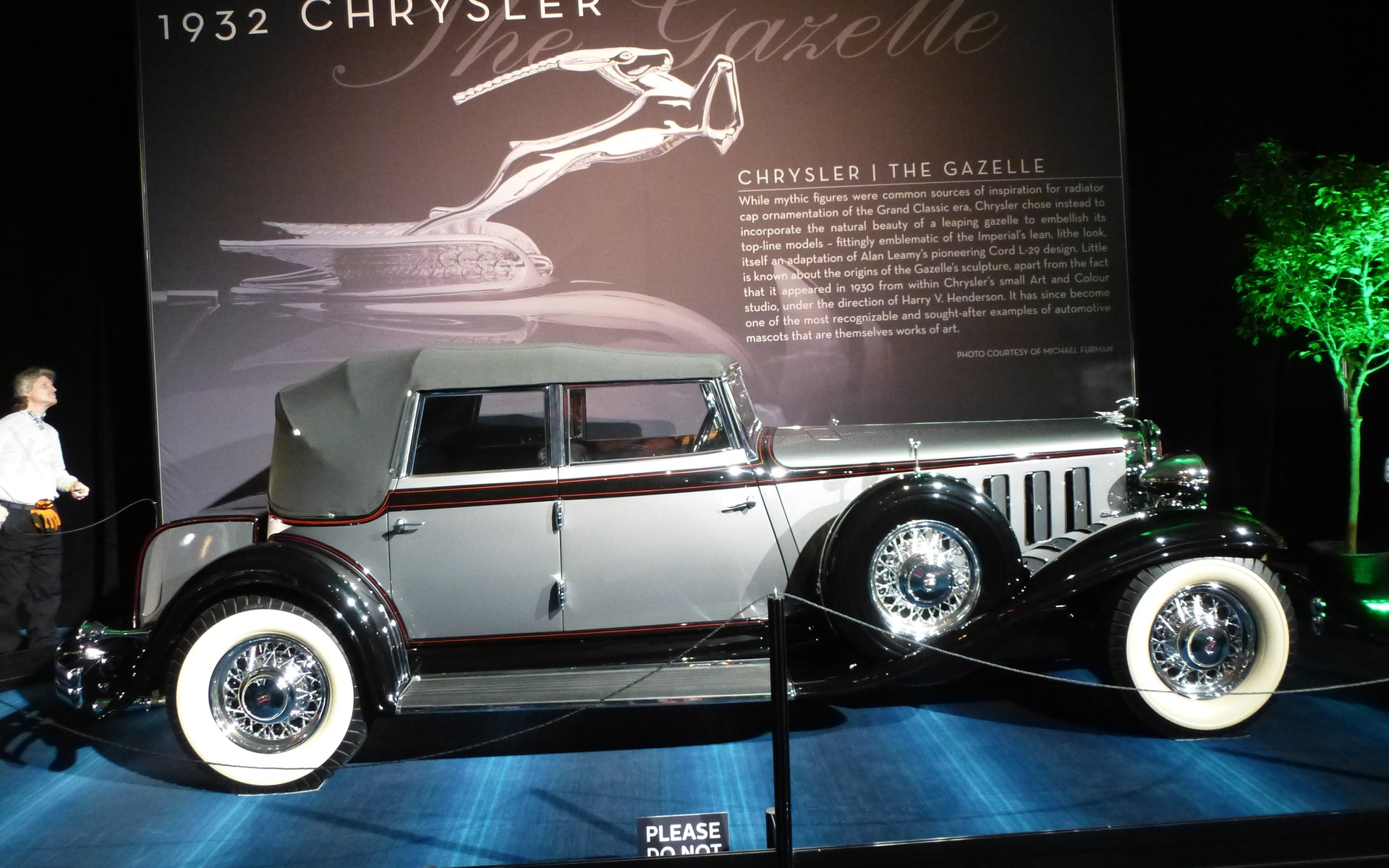 <p>Chrysler Imperial 1932</p>