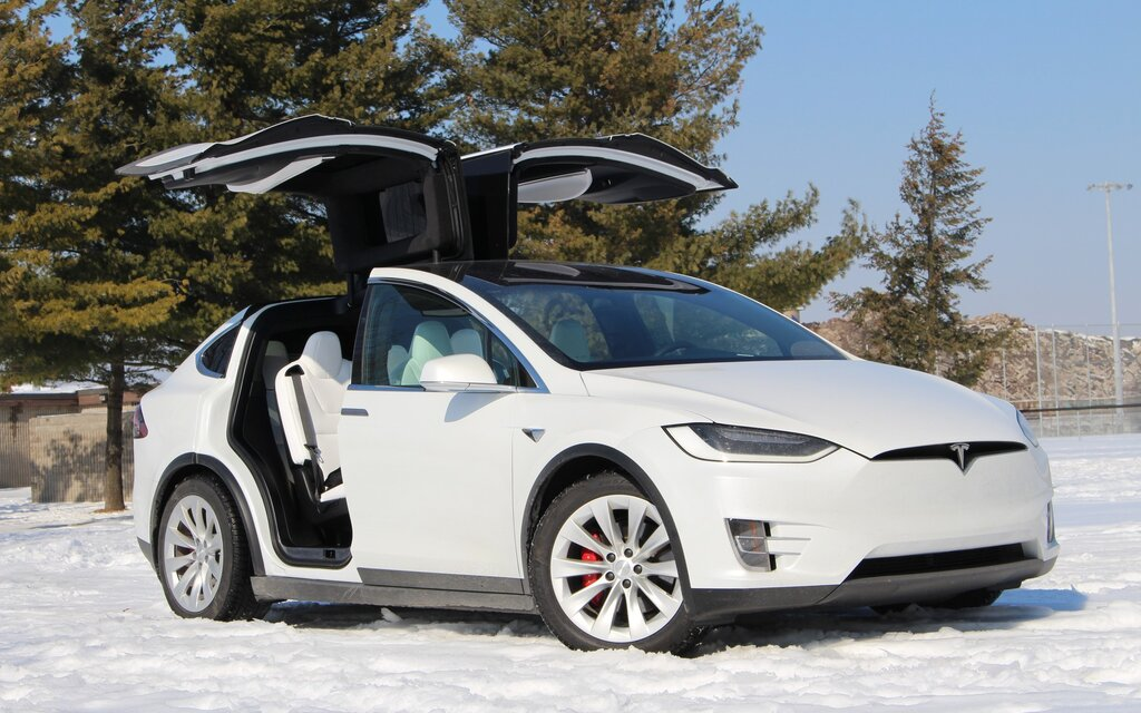 2018 Tesla Model X: Space-age Family Commuting - The Car Guide