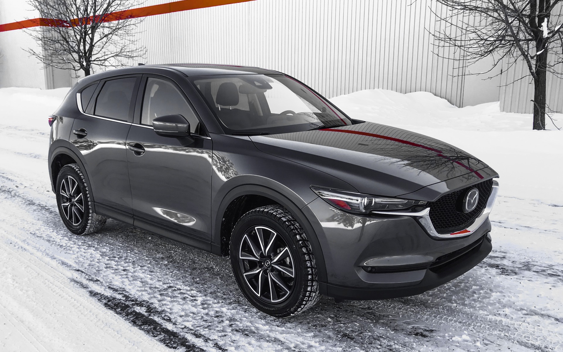 2017 mazda cx 5 ready to take on the big boys the car guide. Black Bedroom Furniture Sets. Home Design Ideas
