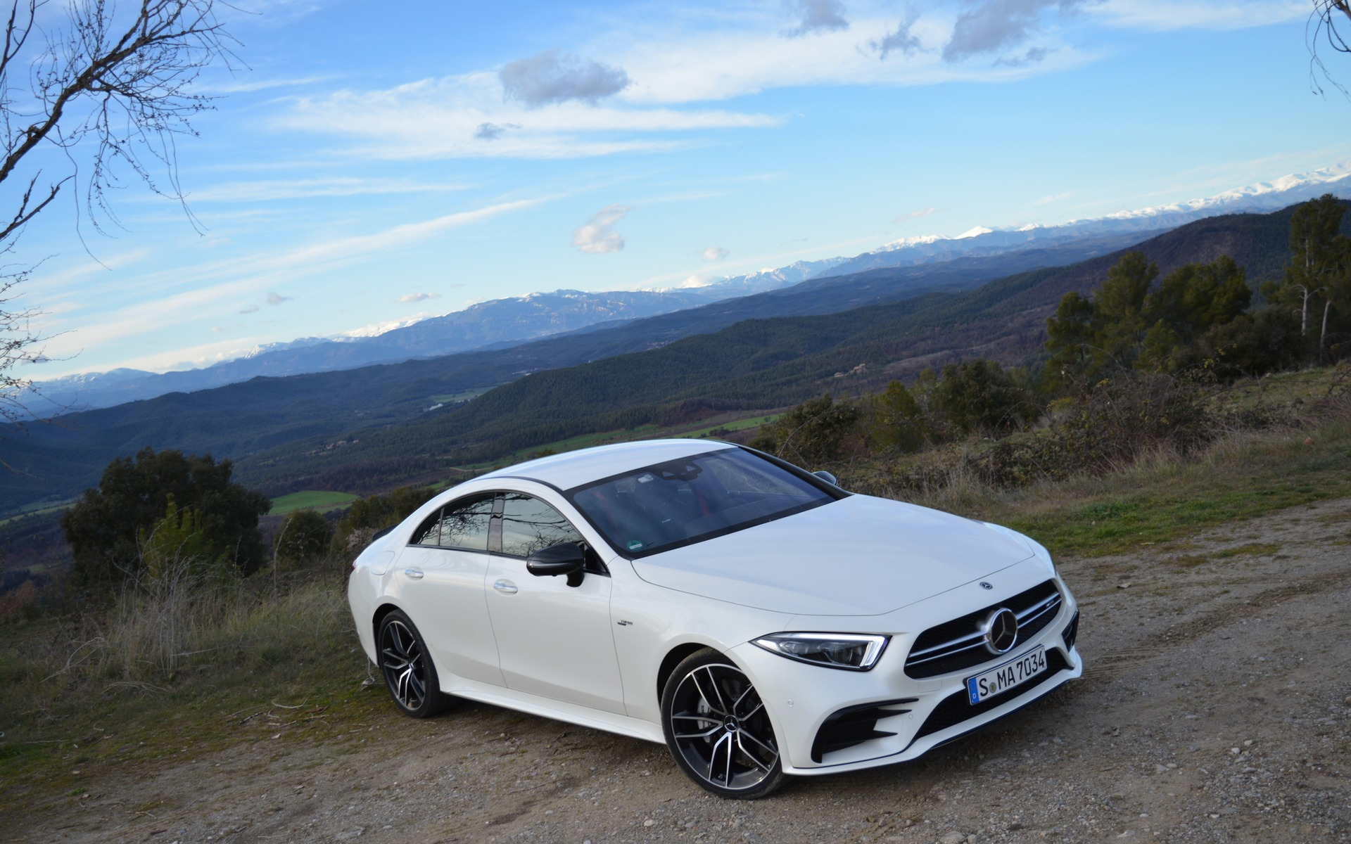 2019 mercedes benz cls returning to its roots the car guide. Black Bedroom Furniture Sets. Home Design Ideas