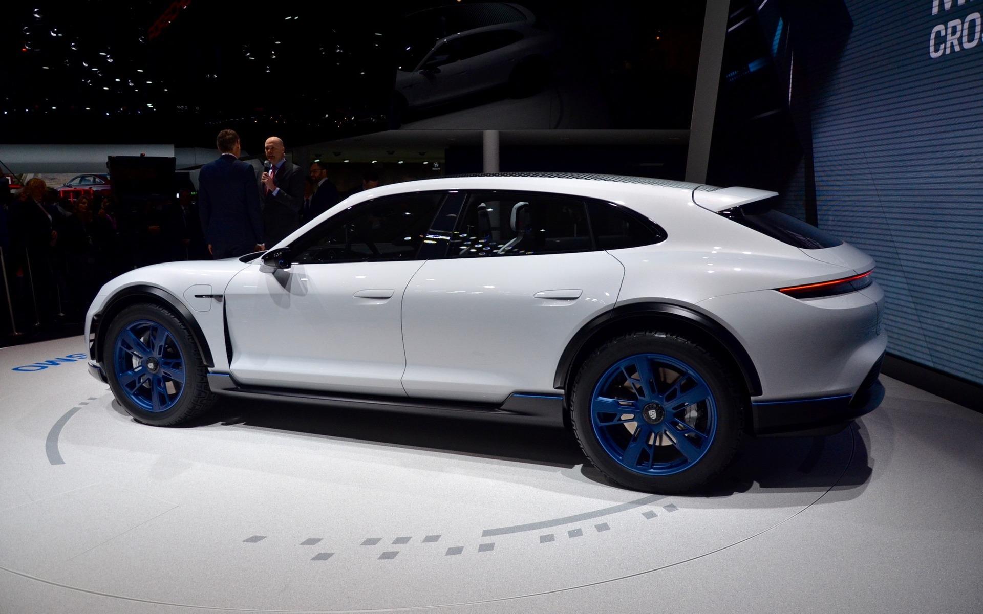 Porsche Mission E >> Porsche Mission E Cross Turismo: Fully Electric Crossover! - 2/13