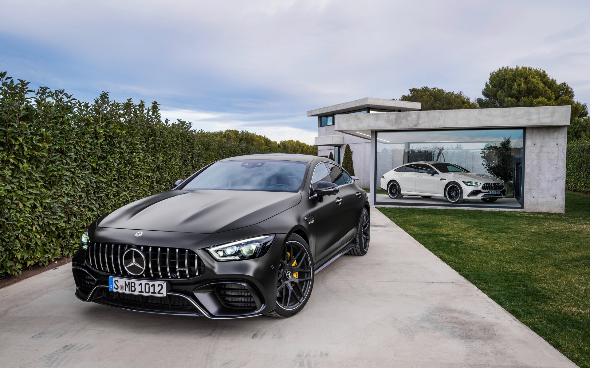 <p>Mercedes-AMG GT 63 S 4MATIC+ et GT 53 4MATIC+ 2019</p>