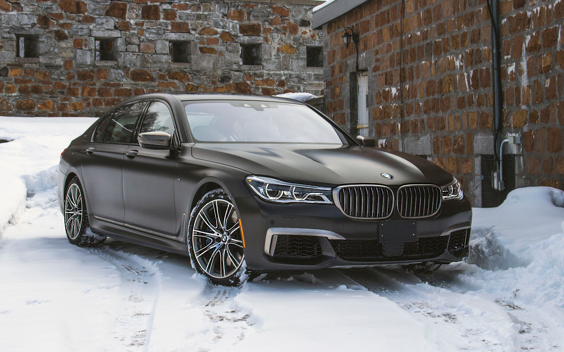 bmw m760li xdrive 2018 je veux toute guide auto. Black Bedroom Furniture Sets. Home Design Ideas