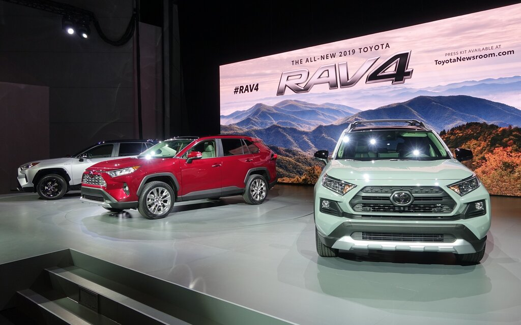 Three Faces For The New Toyota Rav4 2019 Tech2