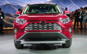 Three Faces For The New 2019 Toyota Rav4 The Car Guide
