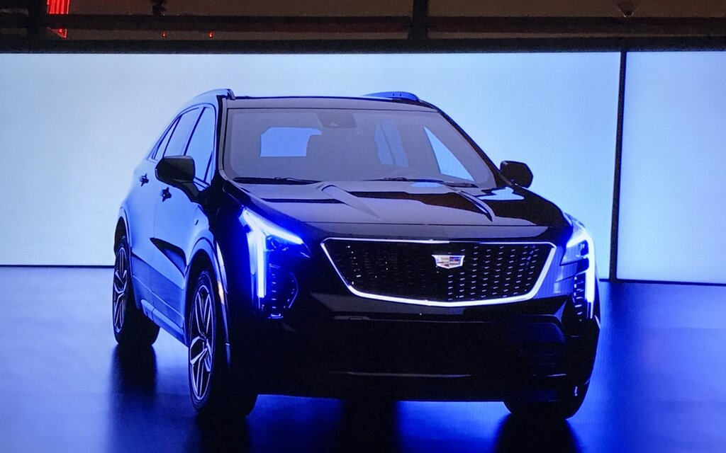 2019 cadillac xt4 a new luxury subcompact suv the car guide. Black Bedroom Furniture Sets. Home Design Ideas