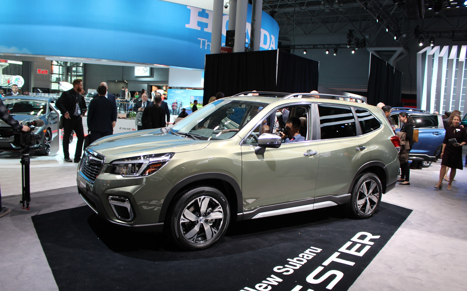 2019 Subaru Forester Redesign >> Redesigned, More Spacious 2019 Subaru Forester Unveiled in New York - 2/30