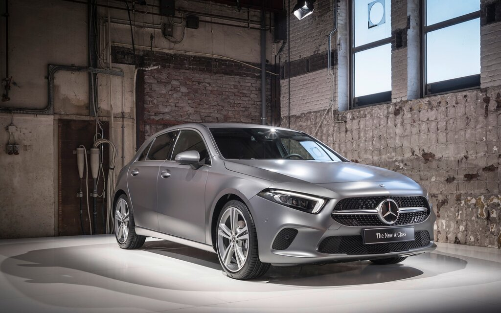 we finally get to test the 2019 mercedes benz a class the car guide. Black Bedroom Furniture Sets. Home Design Ideas