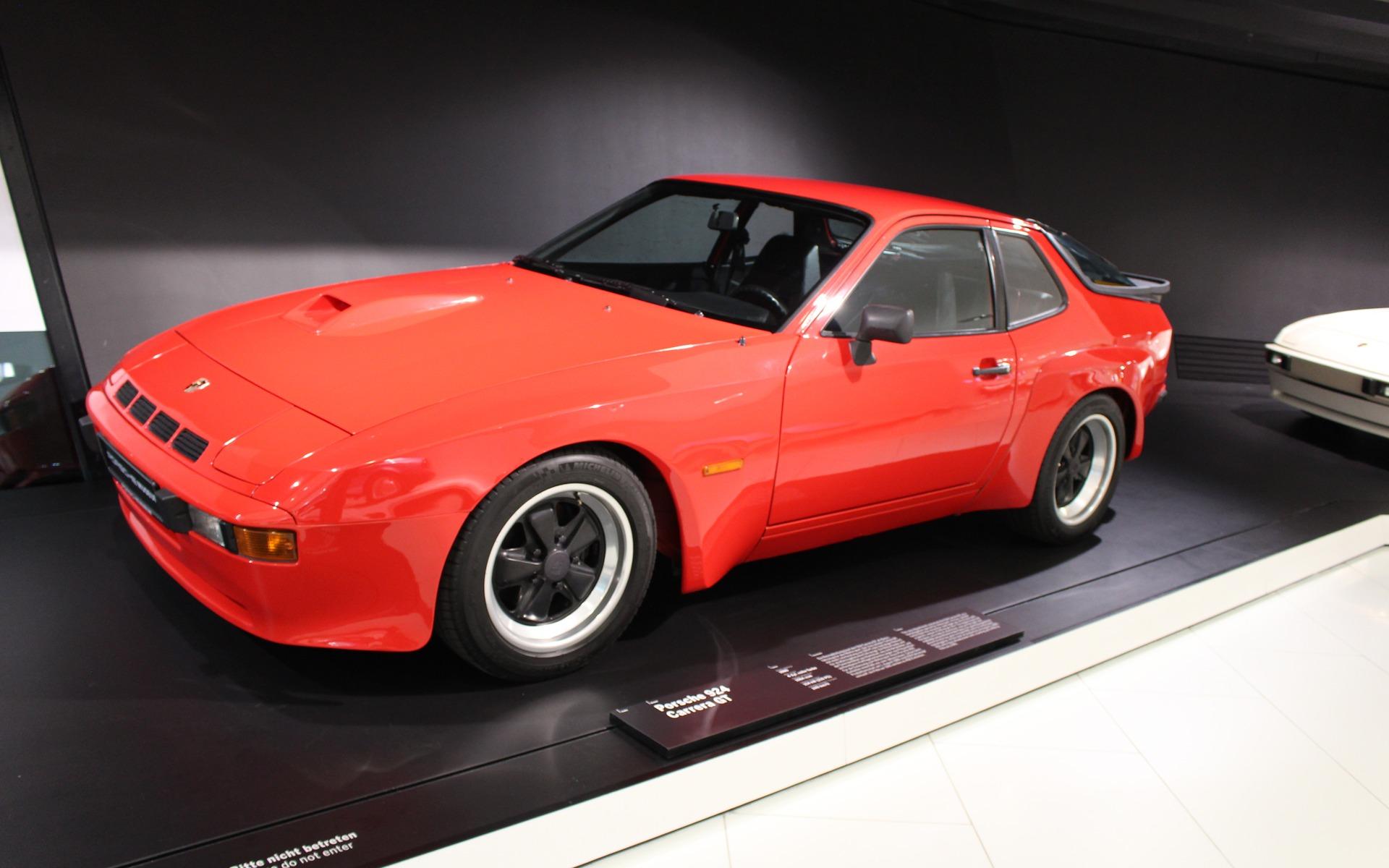 <p>Porsche 924, 1980</p>