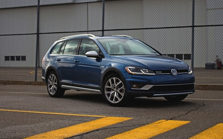 Volkswagen Golf Alltrack >> 2018 Volkswagen Golf Alltrack Please Buy One The Car Guide