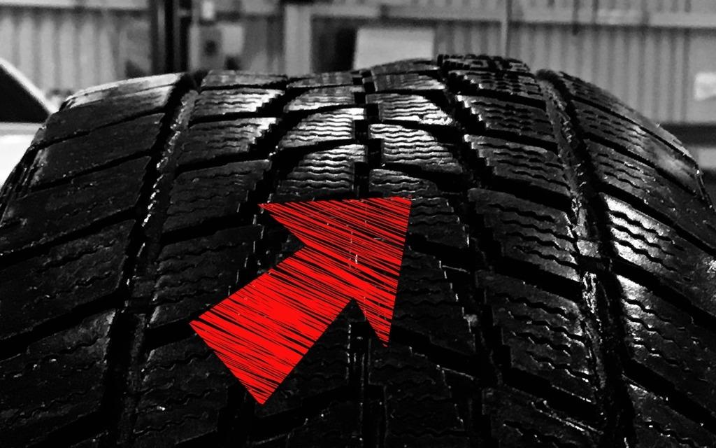 Qu est ce qui pourrait tre la cause d un bruit dans les for Usure pneu exterieur avant