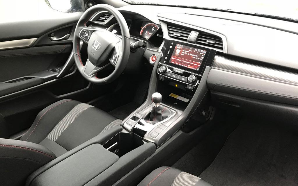 <p>2018 Honda Civic Si</p>