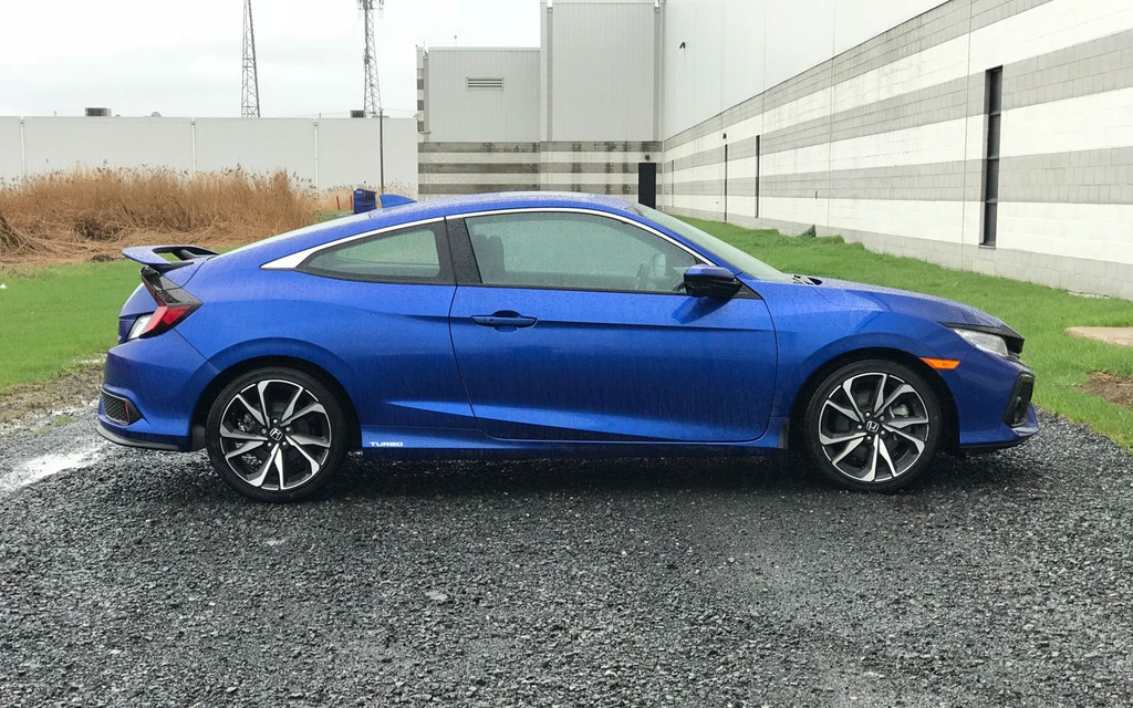 2018 Honda Civic Si Sports Car Or Fast Economy Car 15 20